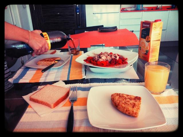 la comida/ lunch/ almoço, dejéuner